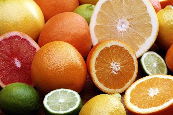 zumo de granada citricos 600 x 400